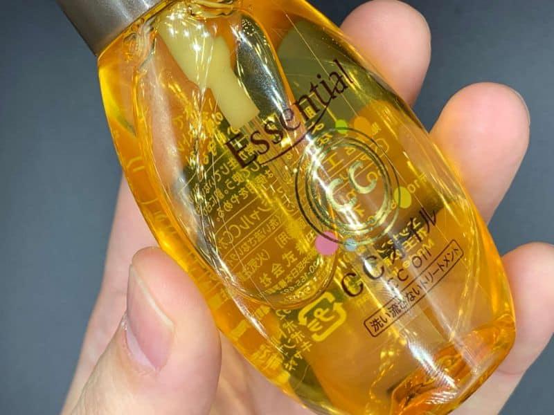 【洗い流さないトリートメント】「エッセンシャル」を美容師が実際に使ったレビュー記事
