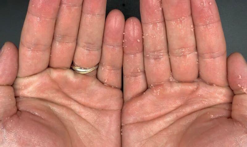【洗い流さないトリートメント】資生堂「ルミノジェニック」のキャビアエッセンスを美容師が実際に使ったレビュー記事