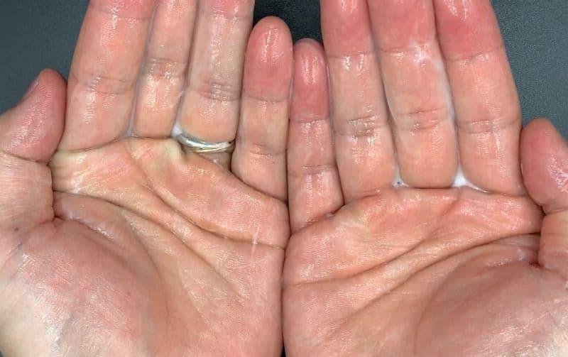 【洗い流さないトリートメント】ウエラ「ブリリアンス カラーリペアリッチ」を美容師が実際に使ったレビュー記事